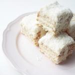 COCONUT CAKE / RAFFAELLO