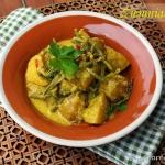 Curry z  ziemniakami i fa...