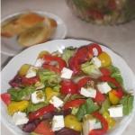 Zdrowa i lekka salatka z ...