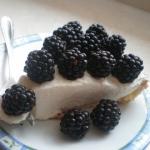 Tarta z kremem jogurtowym...