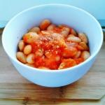Fasolka w sosie pomidorow...