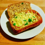 Jajka zapiekane w bulce