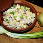 Ziemniaczana salatka z ku...