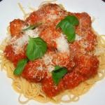 Spaghetti z klopsikami , ...