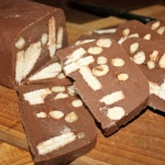 Domowa czekolada z orzech...