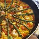 Paella ze szparagami i kr...