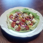 Salatka z feta i mango