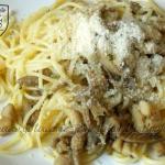 Spaghetti z boczniakiem