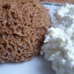 Śliwkowy chlebek Dukanow...