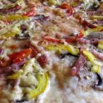 Pizza z mozzarella piecza...
