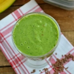 Zielony koktajl z mango i...