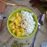 Serek wiejski z mango i...