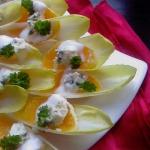 Salatka z cykorii z pomar...