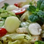 Salatka z gruszka i mango...