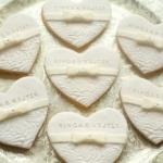 Serca ślubne z kokardką