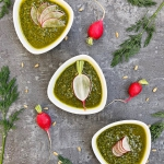 Pesto z lisci rzodkiewki