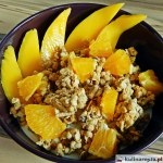 Granola z mango i pomaran...