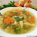 Zupa jarzynowa z brokulam...