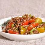 Salata z czerwonej komosy...