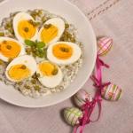 Jajka na groszku