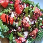 Salatka z grillowanymi sz...