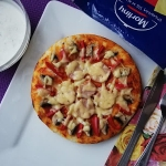 Pizza z kiełbasą...