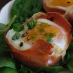 Jajka zapiekane z...