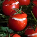 Nadziewane pomidorki i tw...
