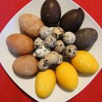 Naturalnie farbowane jajk...