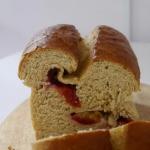 Orkiszowy chlebek drozdzo...