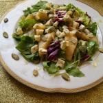 Salatka z gruszkami i ser...
