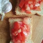 Mini kanapki z czosnkiem ...