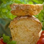 Chleb sezonowy z pomidora...