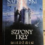 Szpony i kly, Andrzej Sap...