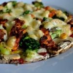 Pizza na zytni spodzie/ N...
