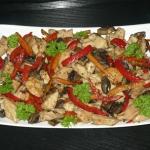 Kurczak w warzywach w sos...