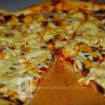 Pizza z pomidorkami...