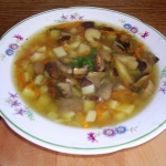 Zupa grzybowa pachnaca la...