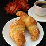 Maślane croissanty