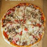 Pizza z szynką i...