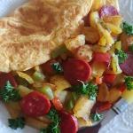 Omlet z ziemniakami i cho...