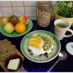 Pozne jesienne sniadanie ...