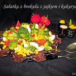 Salatka z brokula z jajki...