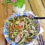 Salatka z fioletowej faso...