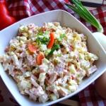 Salatka jajeczna z szynka...