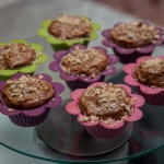 Jablkowe muffinki z orzes...