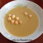 Zupa z selera i jabłka