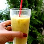 Smoothie z mango i kiwi