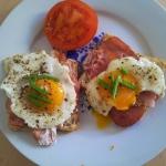 Ciepłe śniadanie na...