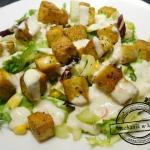 Sałatka vege z tofu